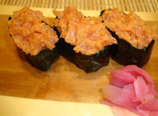 【辣味金枪鱼的做法】东南亚辣味金枪鱼怎么做好吃 金枪鱼的家常做法